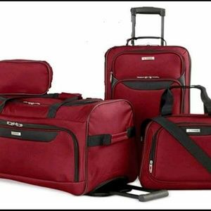 Small Luggage Set for Tiny Toons, Gym 4 Piece.
